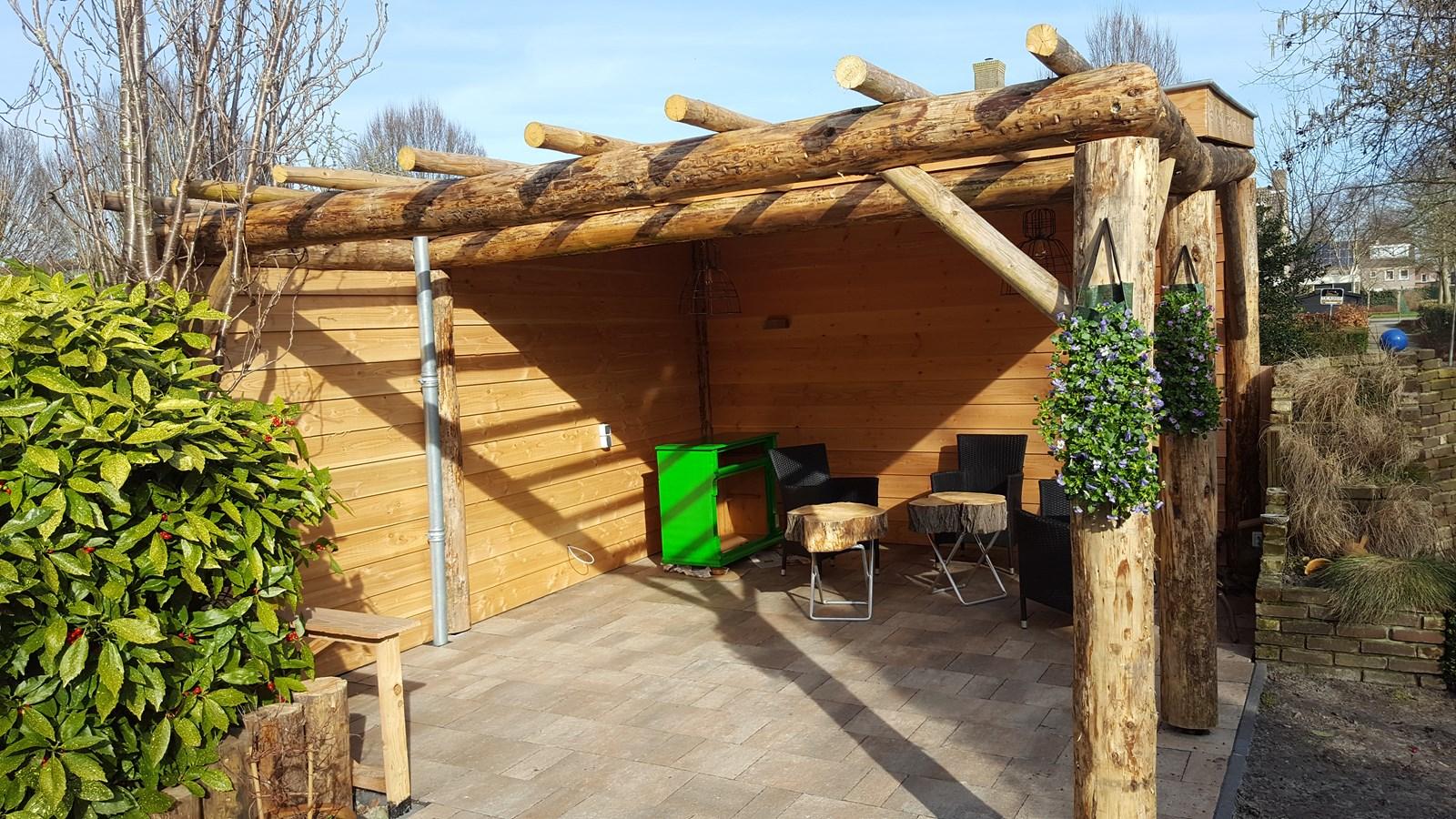 Project: schitterende veranda met sedum dak. bergveranda.nl